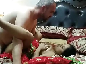 Nepali cute face bhabi fucking hard with old father
