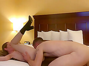 Sex Indianapolis in a hotel room